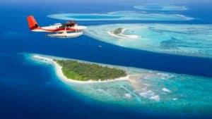 Полет над Мальдивами