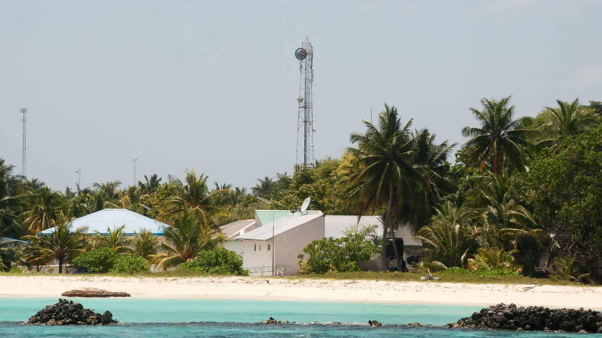 Maldives mobile communication